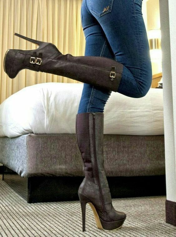 c5ba2465c02 High heel boots in 2019 | High heels | High Heel Boots, Shoes heels ...