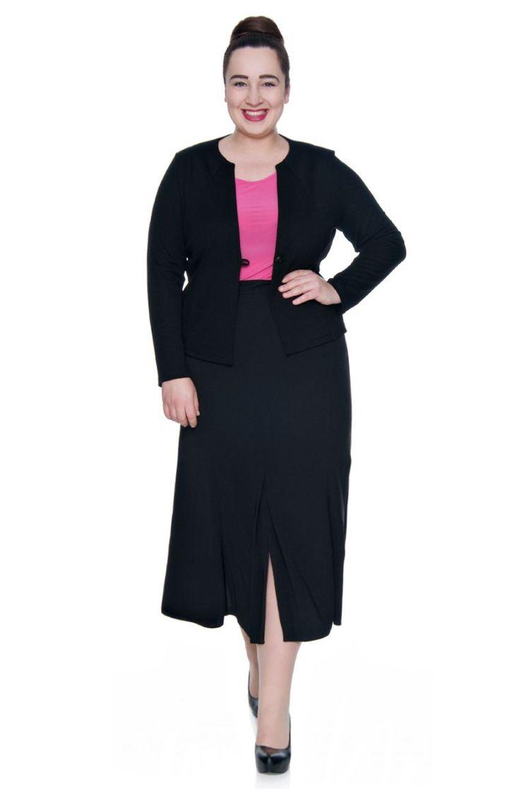 Czarna rozkloszowana spódnica z zakładkami - Modne Duże Rozmiary