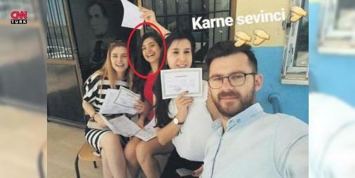 Şenay öğretmenin şehit edilmeden dakikalar önceki fotoğrafı: Kozluk ilçesinde teröristlerin düzenlediği saldırıda şehit olan genç müzik öğretmeni Şenay #AybükeYalçın'ın cenazesi, Batman'da düzenlenen töreninin ardından Ankara'ya uğurlandı. Törende, gözyaşları sel oldu. Müzik Öğretmeni Şenay #AybükeYalçın'ın, saldırı öncesi okulda karne dağıtımı sırasında meslektaşlarıyla çektirdiği son fotoğrafları ortaya çıktı.