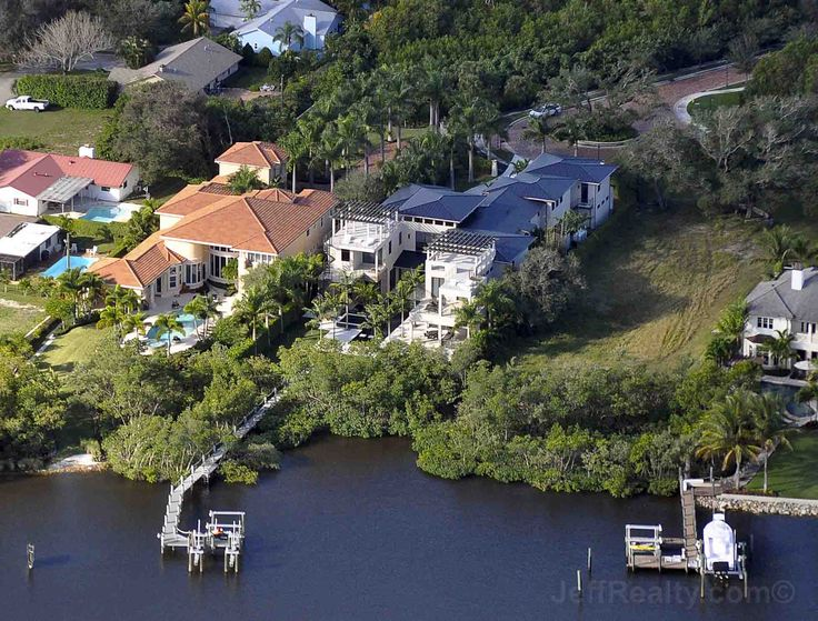 Celebrity House Smackdown! Tale of the House – Rory McIlroy's New House vs Tiger Woods' Estate | Palm Beach County Real Estate | Jeff Lichtenstein's Blog