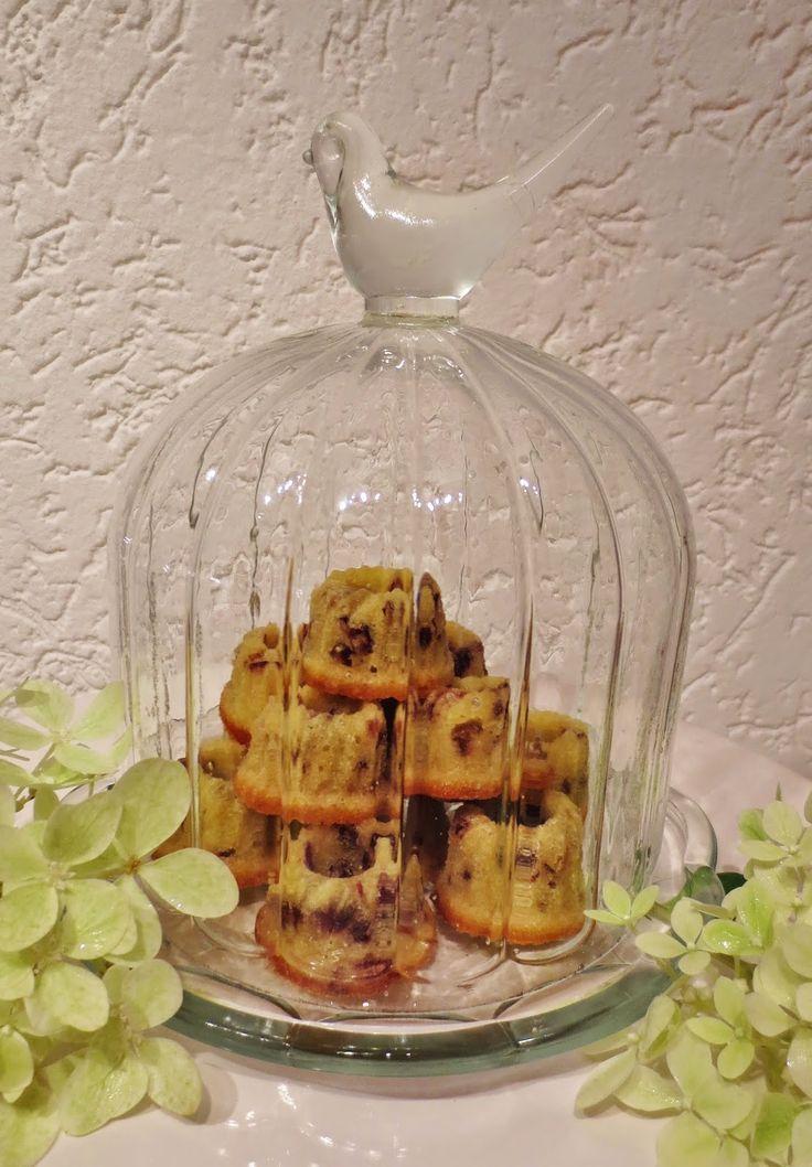 Julias Torten und Törtchen: Cranberry Amaretto Mini Gugelhupfe