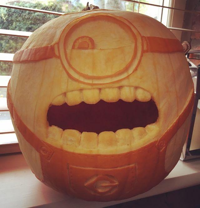 Minion pumpkin carving 2017