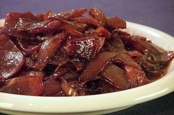 Cipolla rossa agrodolce con aceto balsamico di Alessandra C. - Recipefy