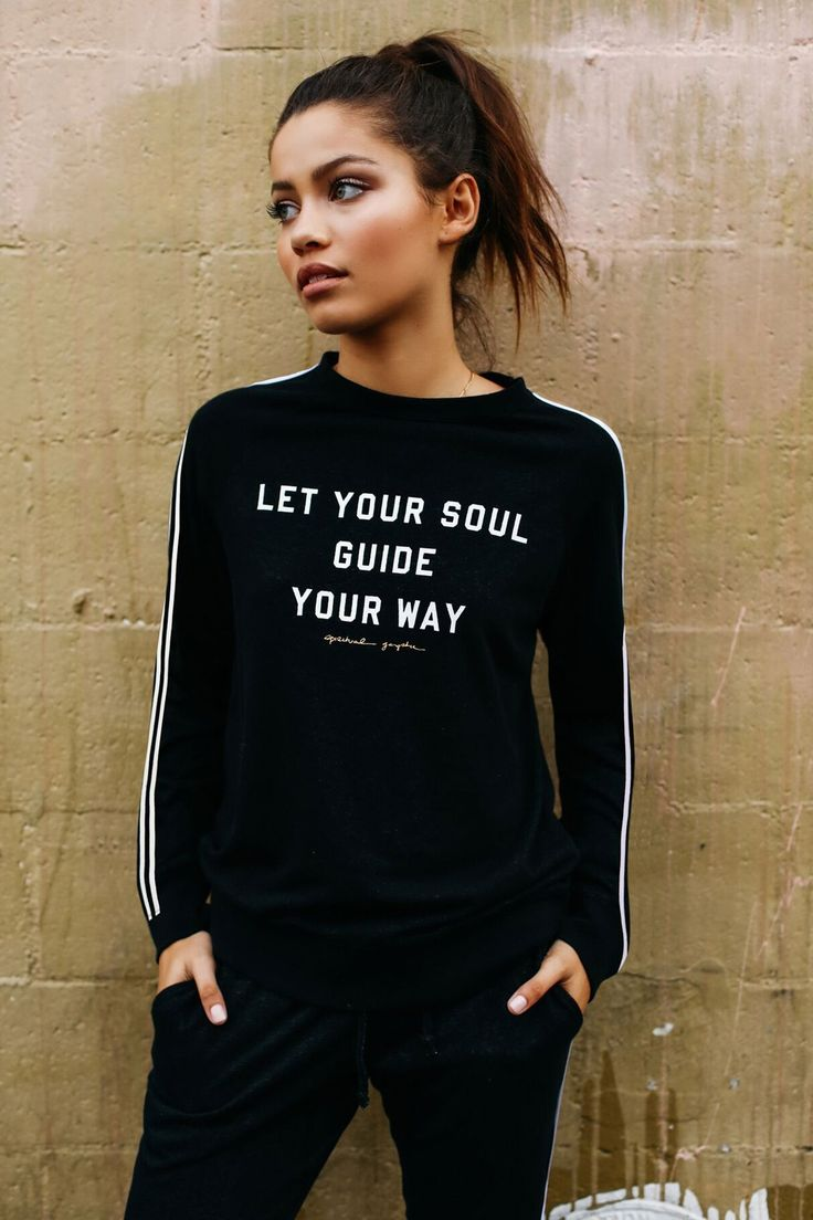 SOUL GUIDE OLD SCHOOL PULLOVER | My fashion