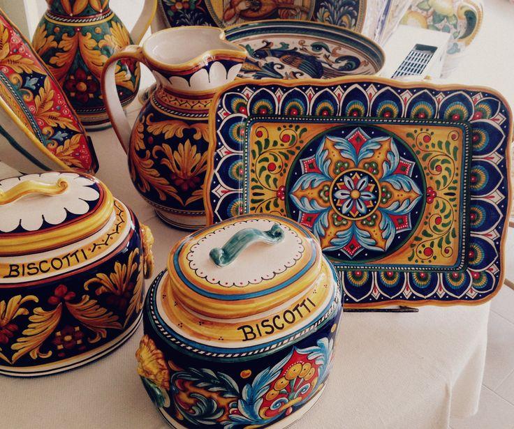 For the kitchen #sberna #art #pottery #ceramics #deruta #madeinitaly #love…