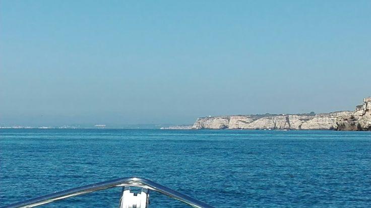 Algarve. Algar seco