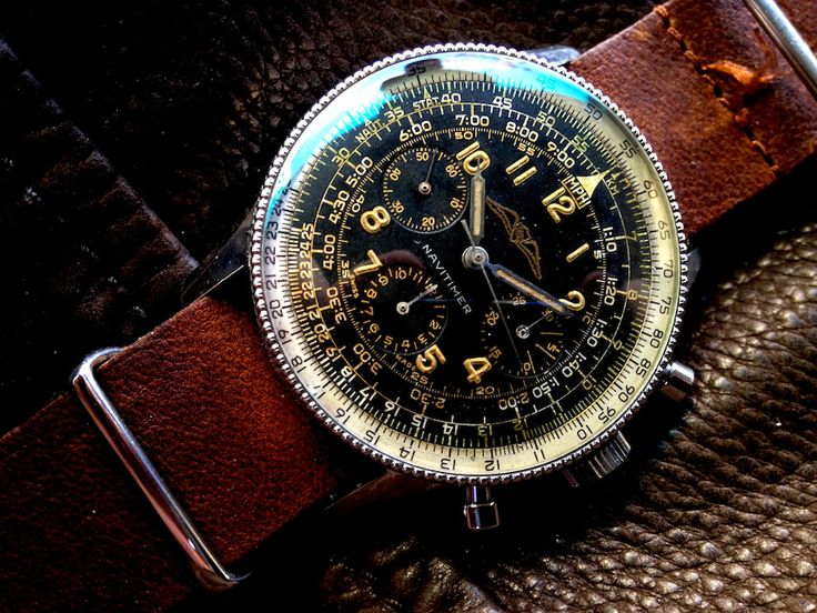 Breitling Navitimer de 1954 montée sur un bracelet en cuir #montre #classique #vintage #50s #breitling #navitimer #1954 #mode #look #style #watch #watches #fashion #menfashion