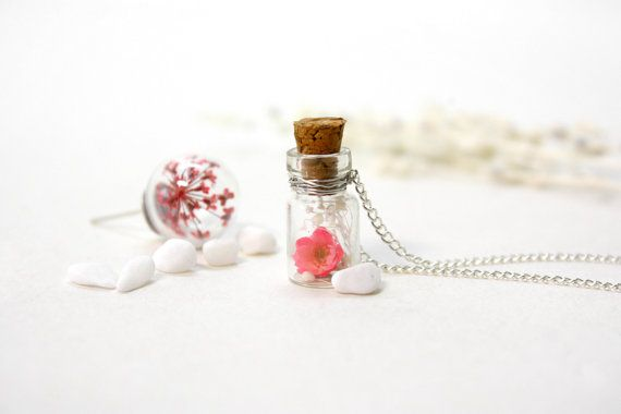 Japanese Style Necklace, Glass Blottle Necklace, Natural Dried Flower, Cherry Blossoms, Small Bottle Necklace by ALOTSS