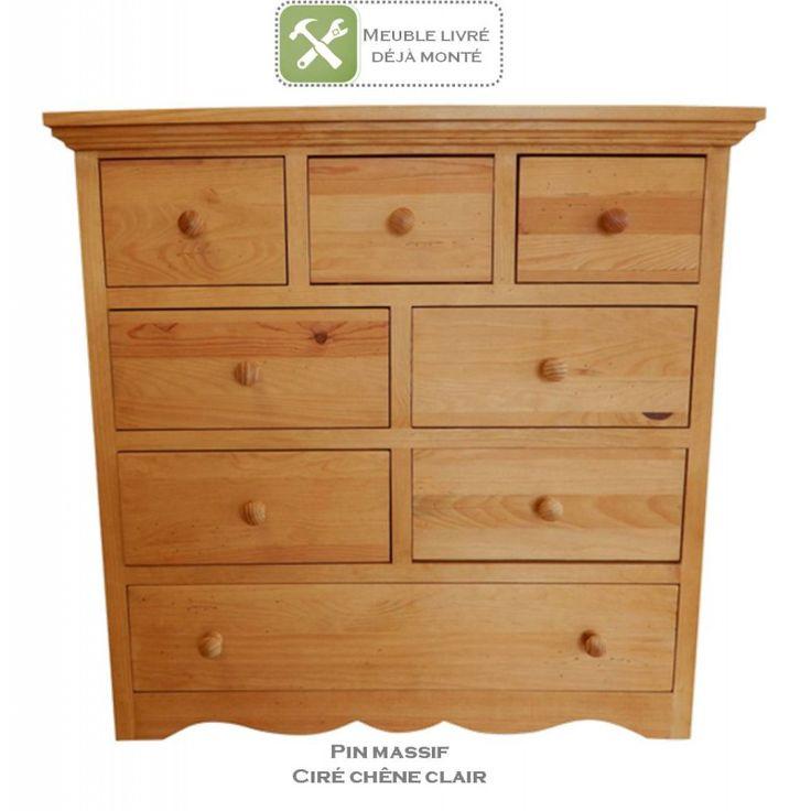 Commode en pin massif au style authentique et indémodable. Grande capacité de rangement, 8 tiroirs. Idéal chambre