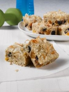 Maple Energy Squares sound delicious with 2/3 cup maple syrup, dried fruits & oats!