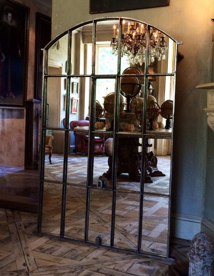 fenetre miroir antique en fer forgé