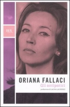 ITALY: Oriana Fallaci (1929 - 2006) was an Italian journalist, author, and political interviewer. A former partisan during World War II, she had a long and successful journalistic career. Fallaci became famous worldwide for her coverage of war and revolution, and her interviews with many world leaders during the 1960s, 1970s and 1980s.  Women we admire; influential women in history #Lottie dolls #herstory