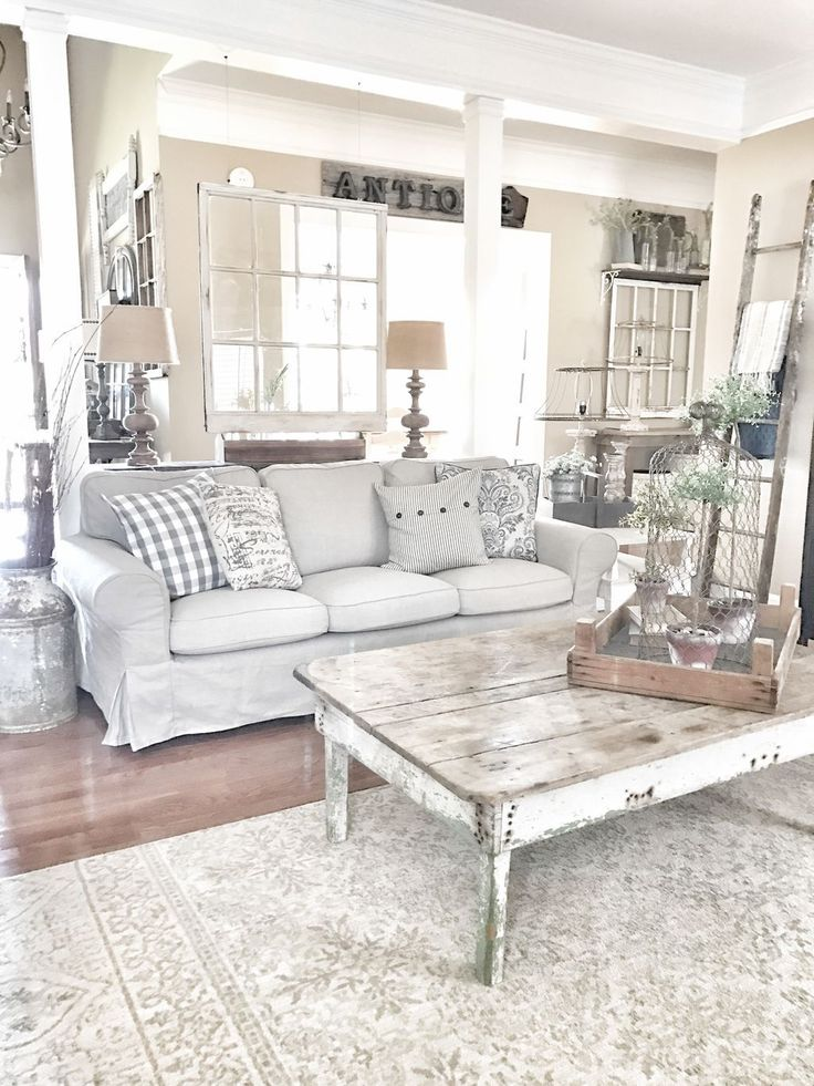 awesome 70 Beautiful White Shabby Chic Living Room Decoration Ideas https://decoralink.com/2017/10/07/70-beautiful-white-shabby-chic-living-room-decoration-ideas/