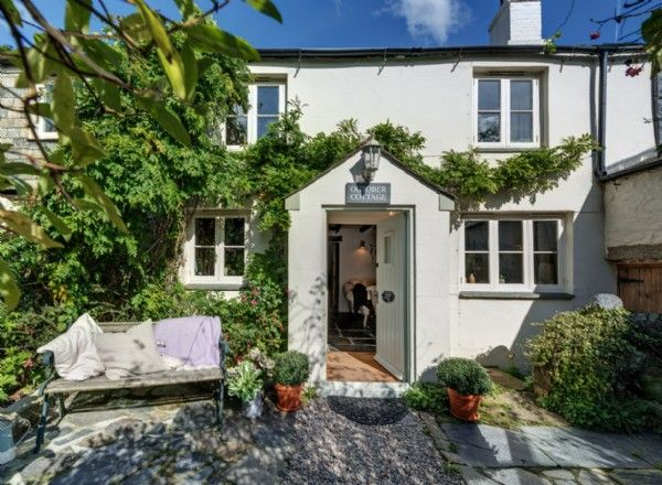 Luxury dog friendly self-catering in Cornwall