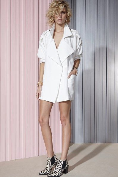 SHAKUHACHI China White Overcoat | ARCHFASHION