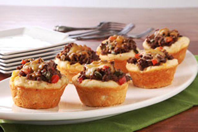Pains-biscuits farcis de bœuf barbecue=====Ces pains-biscuits sont un vrai régal pour les soirs de semaine.