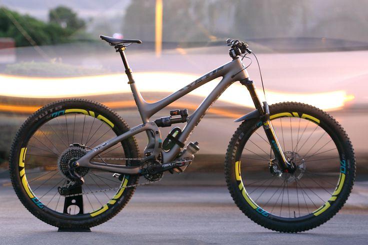 View Vital MTB member Troydon_Murison's mountain bike check '2017 Yeti SB 5.5c a la worldwide cyclery LA'.