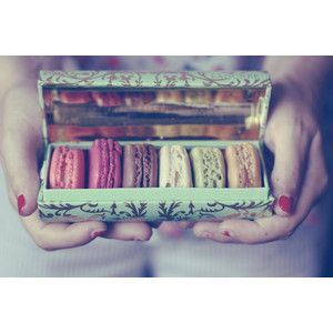 delicadas cosas bonitas: Little Boxes, Paris, Macaroons, Sweet, Food, French Macaroons, Yummy, Things, French Patisserie