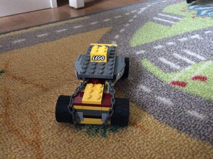 Lego bago nr. 4 savers car picture 1
