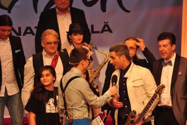 Robert Turcescu & Casa Presei in finala #eurovisionro