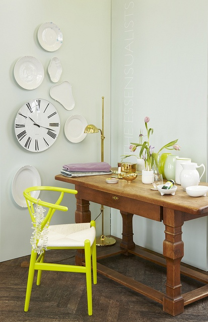 Jadeite er deilig frisk, men samtidig nøytral. En grønntone med mye blått i seg. Blir fantastisk glamorøs mot detaljer i gull, men kan også enkelt skape et mer landlig eller rustikt uttrykk. Foto: Sveinung Bråthen