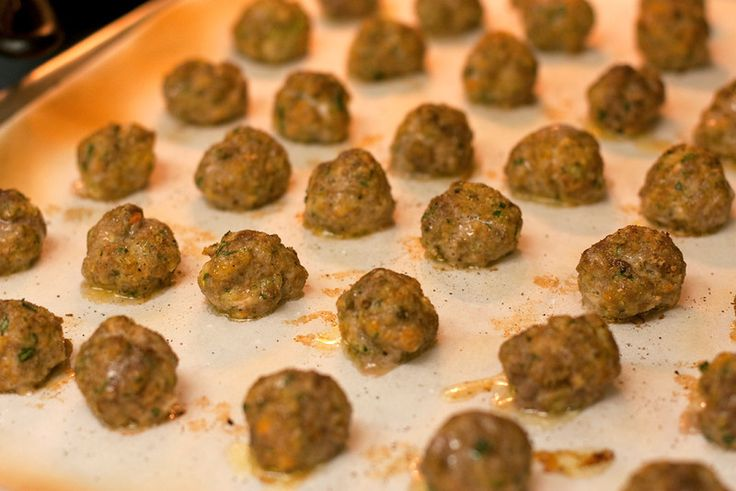 Meatballs with Hidden Veggies from Mama Say What?! Alex shares her recipe for Italian style meatballs that contain hidden veggies. Delicious & easy to make!