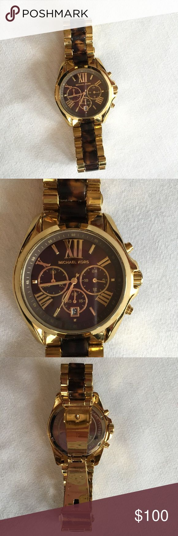 Michael Kors Gold & Tortoise watch Michael Kors gold watch with tortoise shell centre links, a brown dial and gold-tone baton hour markers and hands. Other features include a date function, three sub-dials and alternating Roman numeral hour markers. Perfect condition! Michael Kors Accessories Watches