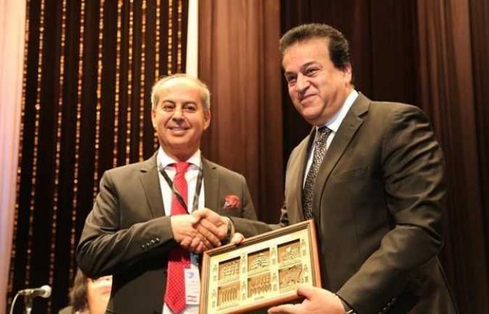 اخبار مصر اليوم وزير التعليم العالي إنشاء دار مصر بالمدينة الجامعية الدولية في باريس Scenes Talk Show Shows