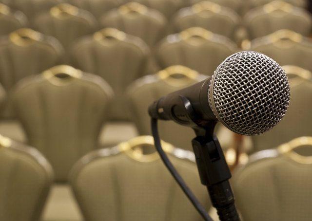 10 coisas que grandes oradores nunca dizem em palestras - Notícias - Carreira - Administradores.com