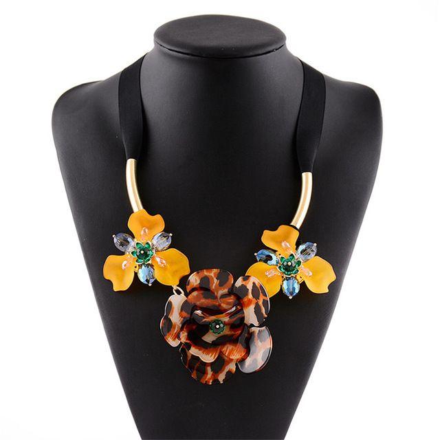 Мода Цветок Ожерелье Женщины Заявление Акриловые Кристалл Большой Цветочный Кулон Колье Ожерелье Лента Цепь 100% Ручной Работы 3 цветов