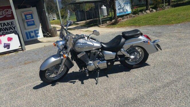 Honda shadow 400cc