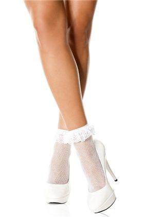 Lace Ruffle Socks White är ett par vita strumpor med spetskant. Hos Shock.se hittar du allt inom alternativt mode! Fri frakt över 500 kr & Fria byten!