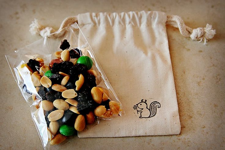 Awesome & inexpensive favor idea!! Find the muslin bags on etsy and have guests create their own trail mix at your trail mix bar!