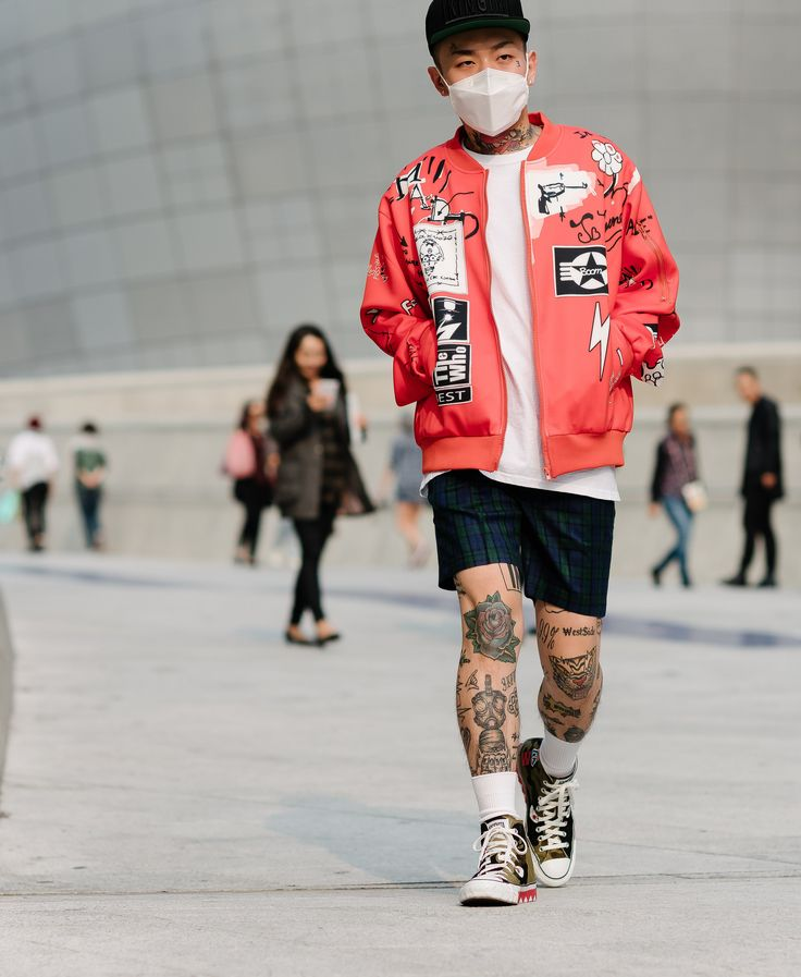 The Best Street Style From Seoul Fashion Week Blazers Pants And Coats Jackets
