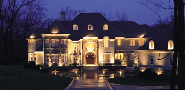 Green Outdoor Lighting - Residential and Commercial Landscape Lighting.