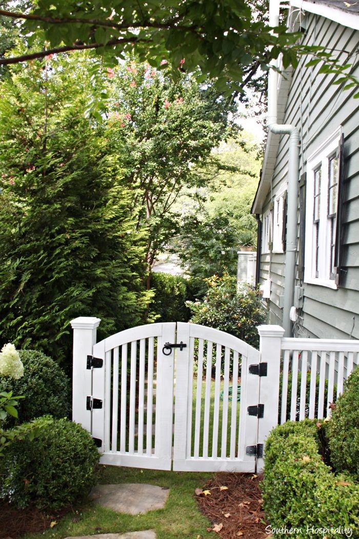Backyard Paradise: Feature Friday: Buck's Backyard Paradise