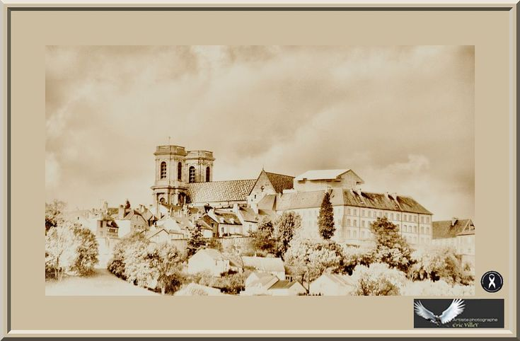 Langres....Haute Marne by Artiste photographe -ERIC VILLEY