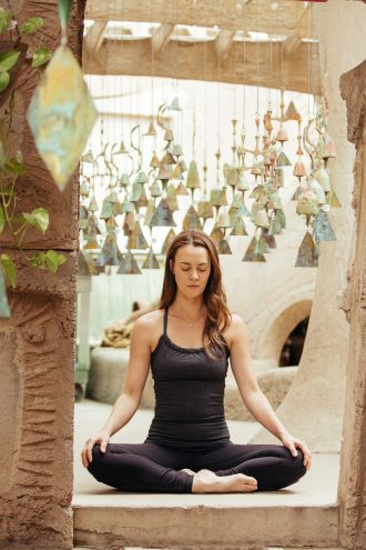 A Breath Meditation for Beginners – This guided 10-minute breath meditation for beginners can be used to create internal calm and focus.