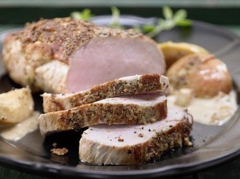 Schweinerückenbraten - mit Apfel-Zwiebel-Gemüse - smarter - Kalorien: 583 Kcal - Zeit: 30 Min. | eatsmarter.de Für alle, die gern Schweinefleisch mögen.