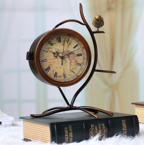 Старинные Настольные Часы Птицы Pattern Ретро Старинные Часы Металла Дизайнер Двухсторонней Старинные Часы