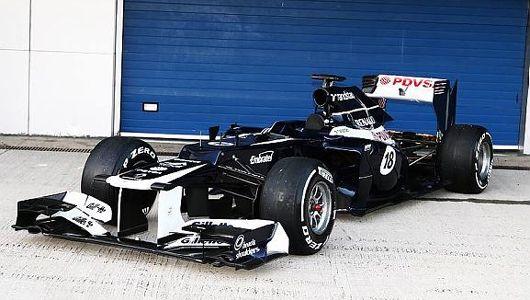 ウィリアムズ FW34 ウィリアムズの2012年F1マシン「FW34」は、15年ぶりにルノー製エンジンを搭載。新テクニカルディレクターのマイク・コフランのも新しいデザイン哲学が注入されたFW34は、昨年マシンからのキャリーオーバーは5%以下となっている。