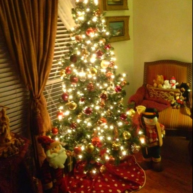 My first artificial Christmas tree ever. | Christmas tree ...