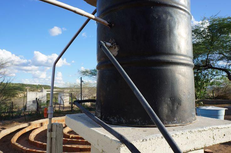 Chauffe eau solaire dsc00154 jpg chauffe eau chauffe - Chauffer sa piscine avec tuyau noir ...