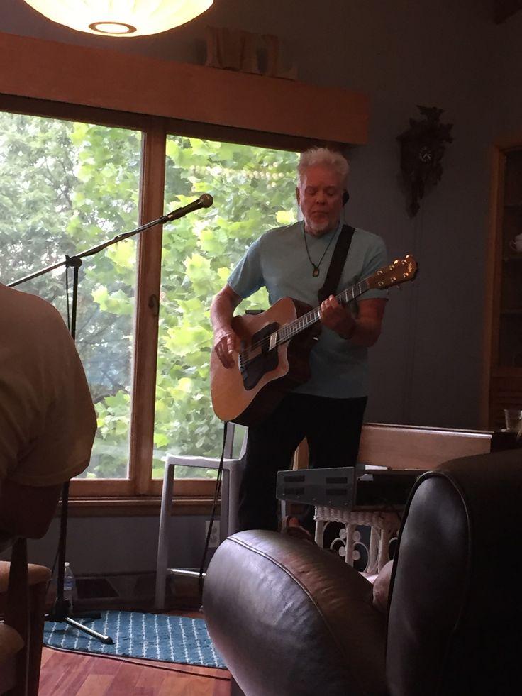 Dana Hubbard playin' the blues!