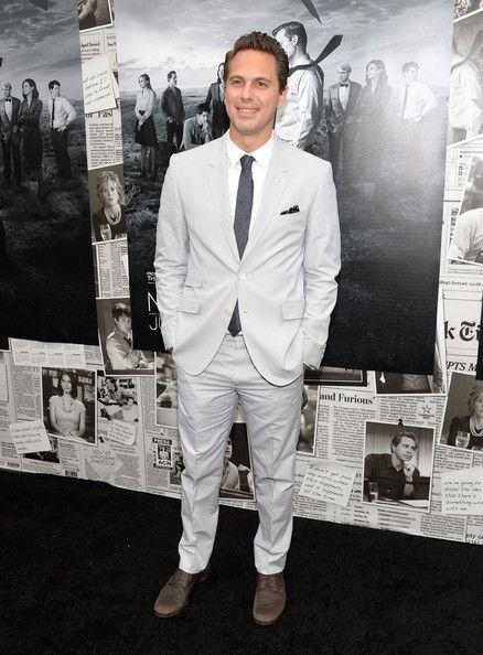 The Newsroom season 2 images | Thomas Sadoski Photos - 'The Newsroom' Season 2 Premiere in Hollywood ...
