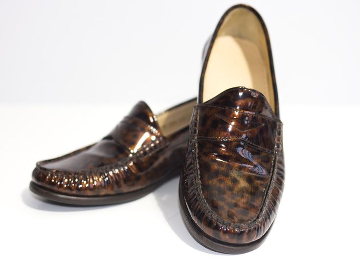 Cole Haan Ladies Loafers Size 3 Moccasin Driver Tortoise  Air Penny Smart Shoes #colehaan #loafers #shoes #tortoise #women