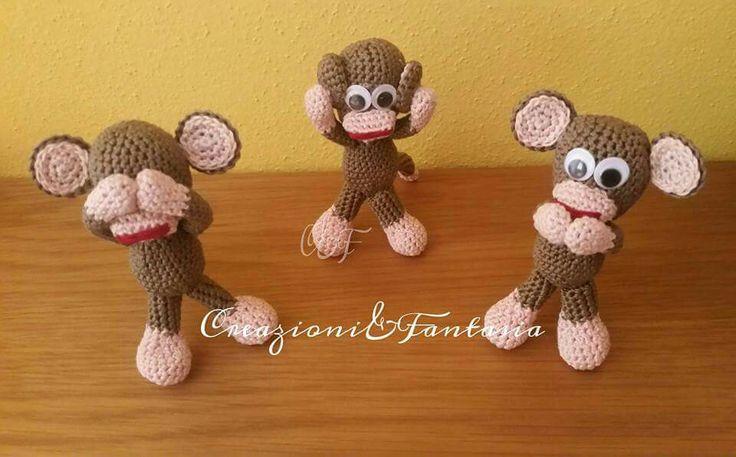 #handmade #uncinetto #crochet #scimmietta #scimmia #monkey #creazioniefantasia #fattoamano #nonvedo #nonsento #nonparlo #mizaru #kikazaru #iwazaru #madeinitaly #artigianato #artigianatoitaliano #handmadewithlove #accessori  #handmadepassion #instapic #instagood #instacool #amigurumi #handcrafted #cool #lemaddine #creativemamy 🙈🙉🙊