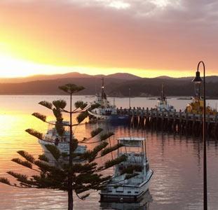 Eden's Main Wharf; Cat Balou Catamaran Discovery Cruise on Twofold Bay; Cocora Beach Bush B-B-Q; Historic Ben Boyd's National Park & Sea Horse Inn;