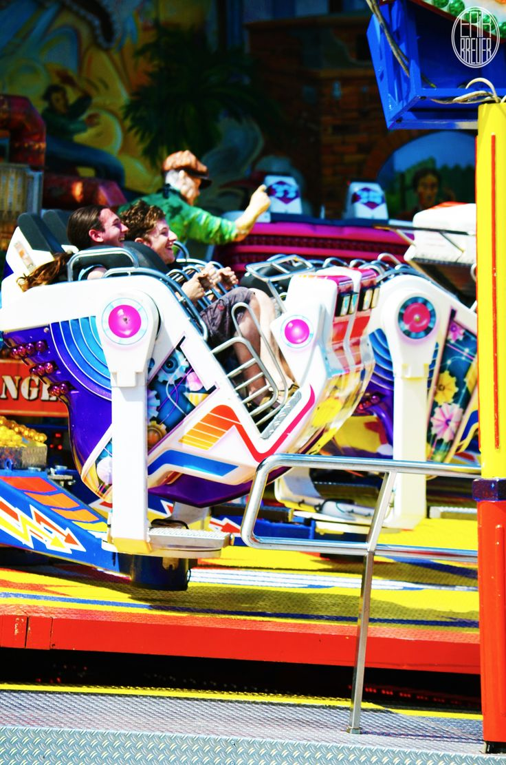 This attraction is called the Breakdance. It's a bit different then regular top-rocking ;) - Tilburgse Kermis 2014