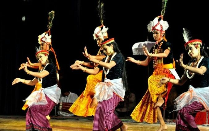 #manipuri #dance #jagoi performance. Pre-hindusim #culture #religion #sanamahism #phanek #laiphi #traditional #authentic #folk